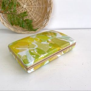Vintage Mele Ring Clamshell Travel Size Jewelry Case